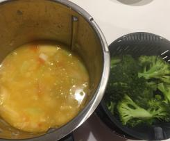 Winter vegetable soup with Asian flavours