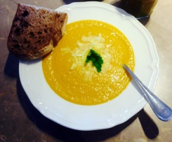 Roasted Pumpkin and Cauliflower Soup