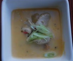 Tom Kha Gai (Chicken and Coconut Soup)
