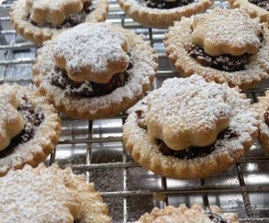 Sweet pastry for fruit pies or tarts