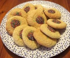 """Lisa's yummy """"plain"""" biscuits"""
