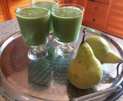 Ginger, Spinach and Almond Green Smoothie