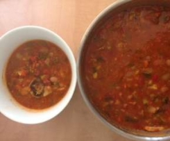 Spicy bean and vegetable soup