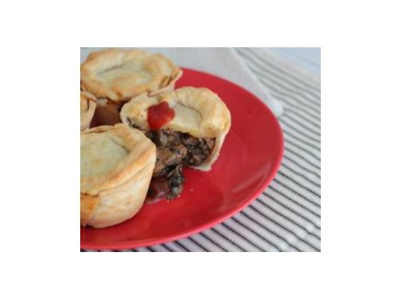 Aussie Meat Pies By Thermomix In Australia A Thermomix Sup Sup Recipe In The Category Main Dishes Meat On Www Recipecommunity Com Au The Thermomix Sup Sup Community