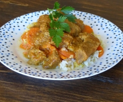 Creamy beef curry with cauliflower rice (kid friendly)
