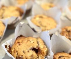 Choc Honeycomb Muffins