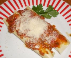Meat Cannelloni with Tomato and Vegetable Sauce
