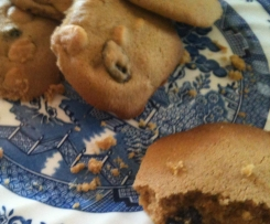 Macadamia, White Choc and Cranberry Cookies