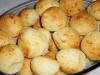 Pao de Queijo (Brazilian cheese balls)