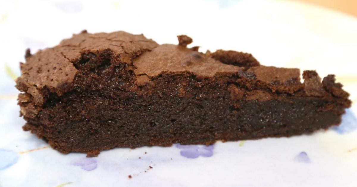 Cake Recipes In Pdf: Low FODMAP Gluten Free Gooey Chocolate Cake By Tarasimone