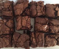Easiest Chocolate Fudge Brownies