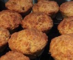 Cheese and Bacon Lunchbox Muffins
