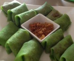 Dadar (Coconut pandan pancake)