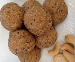Cashew Vanilla Protein Balls