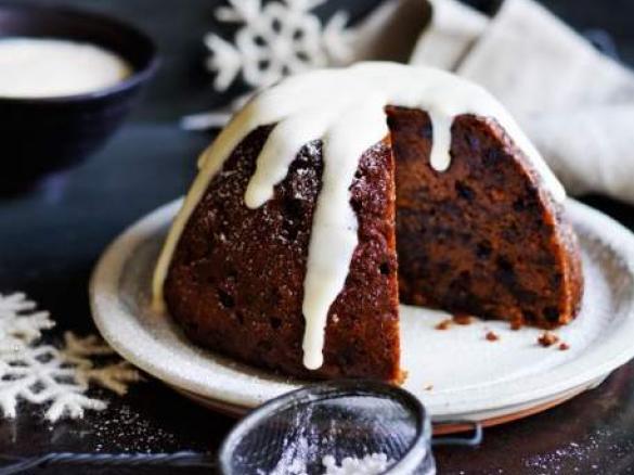 Christmas Pudding.Quinoa Christmas Pudding With Custard