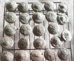 Fruity mini muffins