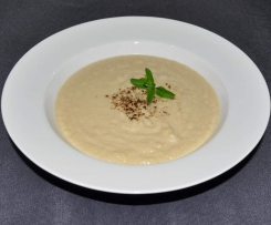 "Paleo ""Potato"" Leek Soup"