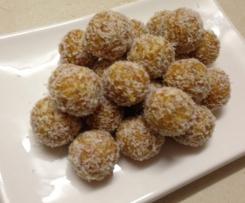 Healthy Apricot & Almond Balls