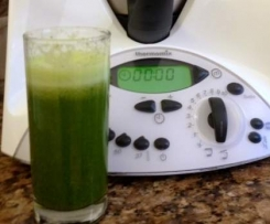 Lemon and Parsley juice with a super twist