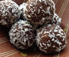 Healthy yummy Choc date balls