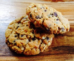 Peanut butter choc chip oat cookies