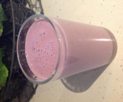 Banana and Raspberry Power Smoothie