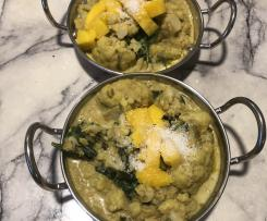 Cauliflower mango coconut curry