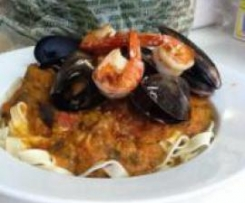 Mussel and Garlic Butter Prawn Marinara