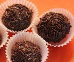 Chocolate caramel balls (Brigadeiros)