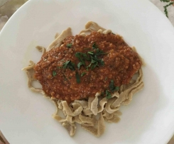 Quinoa Pasta With Bolognaise Sauce