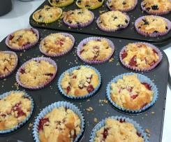 Fruit Crumble Muffins