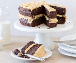 Chocolate quinoa cake with peanut butter frosting
