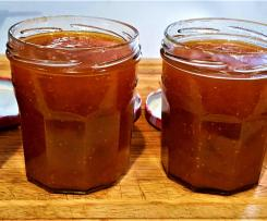 Fig and Apricot Jam (fresh fruit version)
