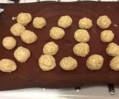 Banana, oat and sesame balls