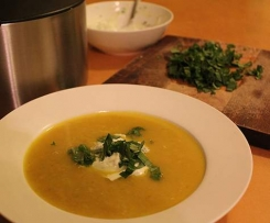 Chickpea Soup with Mint and Coriander Yoghurt