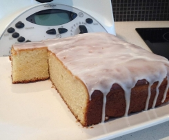 Lemon and yoghurt cake