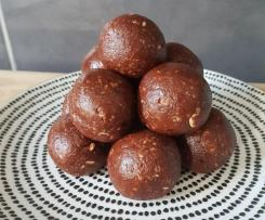 Quick Cacao & Peppermint Bliss Balls - Nut & Dairy Free