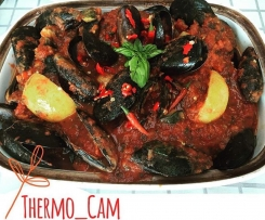 Chunky Chilli Mussels