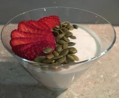 Vanilla Greek Style Yoghurt