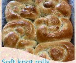 Soft knot rolls