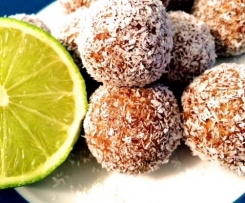 Vegan Lime and Coconut Cheesecake Balls