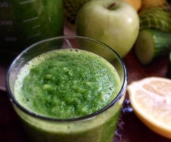 Keep the Winter Blues at Bay Green Smoothie