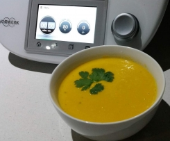 Thai style pumpkin and sweetcorn soup