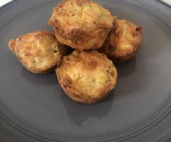 Chicken and vegetable savoury muffin