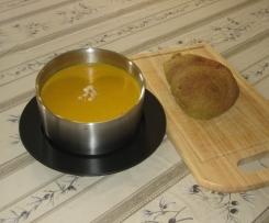 African Spiced Pumpkin & Peanut Soup