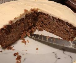 LCHF Carrot Cake with Cream Cheese Icing