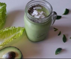 Salad in a glass green smoothie (paleo, vegan, dairy free)