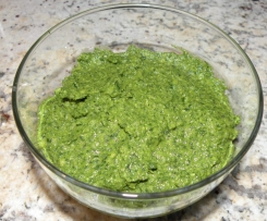 Oil Free Vegan Pesto