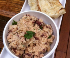 italian white bean and tuna dip
