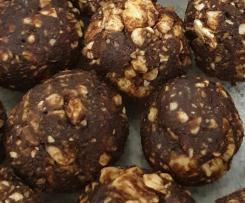 Variation Choc Mint Bliss Balls with Crown Mints